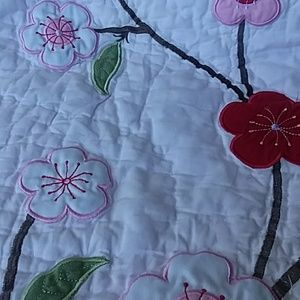 unmarked Bedding - Crib quilt  34 × 43